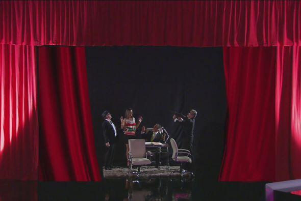 ¡Para terminar su obra de teatro!, pues los dos hombres eran actor...