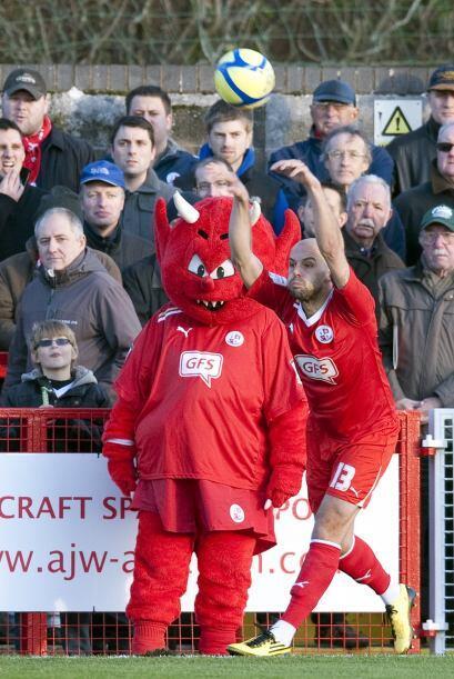 Pero cuidado que el diablo está presente en Bristol City.