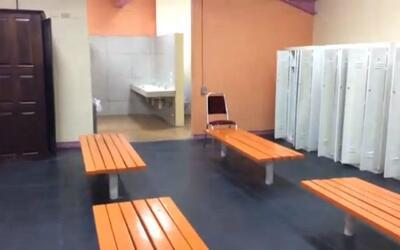 Exclusivo: el modesto vestidor donde se cambiará el Tri en Trinidad y To...
