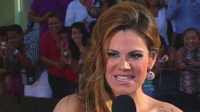 Luz Elena González en la alfombra roja de los Premios Tv y Novelas 2012