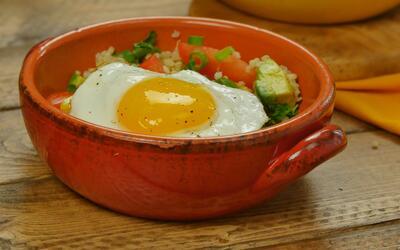 Huevos con quinoa