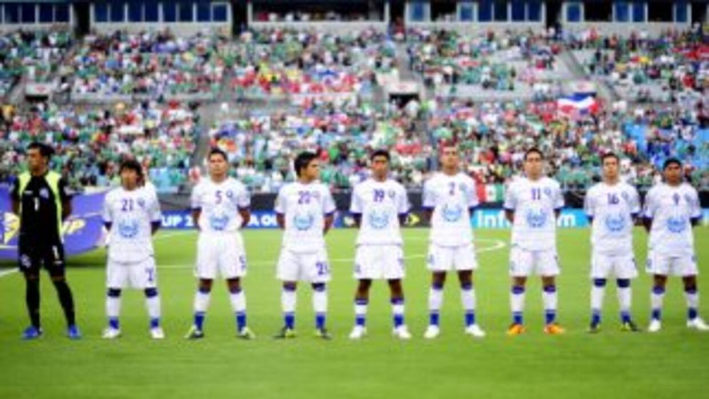 La mayor parte de seleccionados de El Salvador está suspendidos y bajo s...