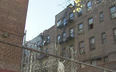 Un hombre abusó sexualmente de una mujer embarazada en El Bronx