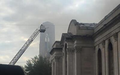 Se reportó un incendio en la iglesia Shrine of Christ the King al sur de...