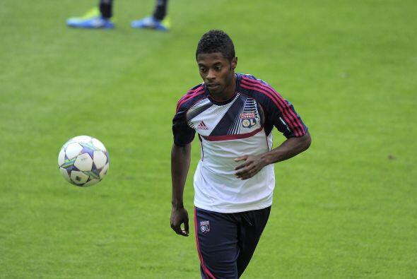 El ahora futbolista del Schalke 04 ayudó a que su club sacara un...