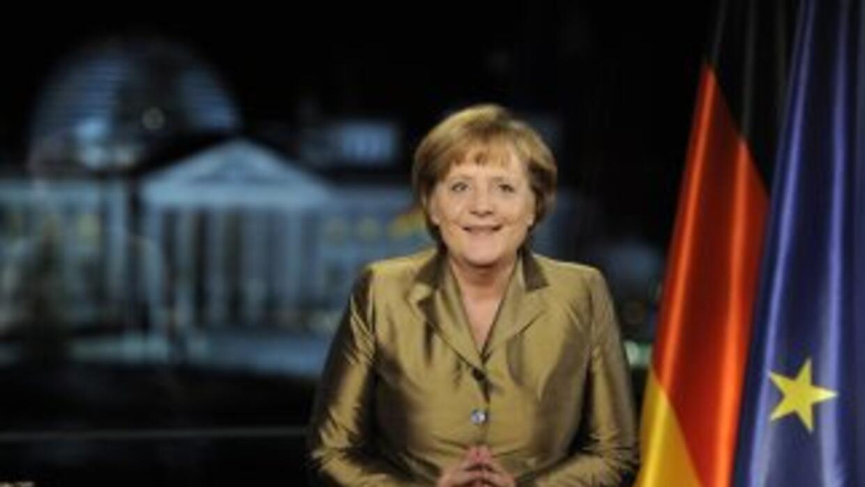 Angela Merkel gana elecciones batiendo los pronósticos.