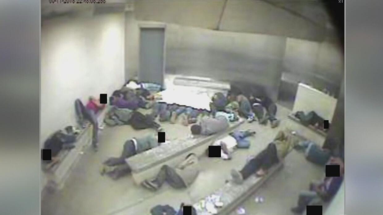 Revelaron fotos de celdas de inmigrantes