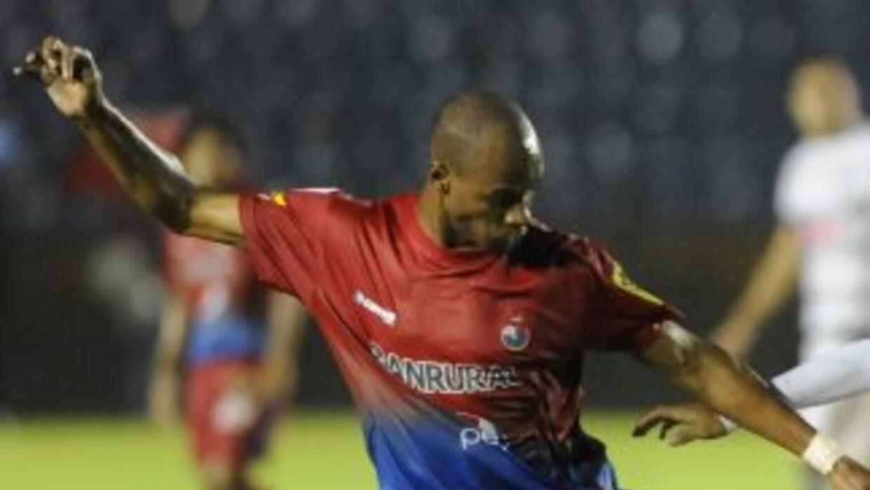 Municipal, aunque empató 0-0 con el Malacateco, sigue hundido en el sóta...