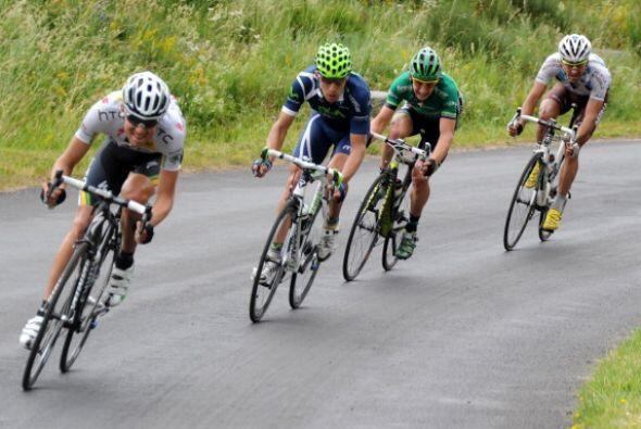 El cierre de la octava etapa del Tour de Francia fue uno de los más reñi...