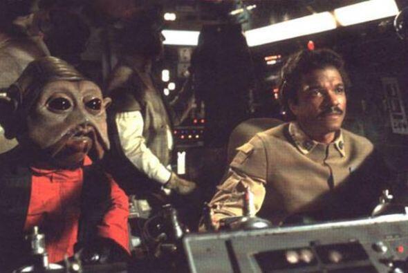 Bonehill salió como Nien Nunb, el asistente de Lando Calrissian e...