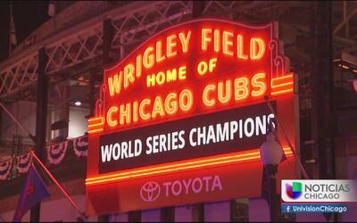 La fiesta por los Cubs siguió en el Wrigley Field