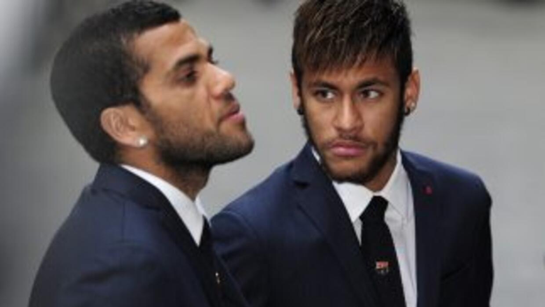 Davi Alves juega en el Barcelona con Neymar.