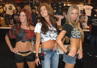 La UFC 100 en Las Vegas trajo mucha belleza femenina.