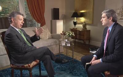 El presidente colombiano Juan Manuel Santos en entrevista con Felix de B...