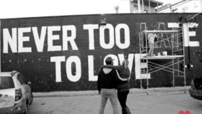 Un nuevo mural creado por el conocido poeta chicagoense Malcom London en...
