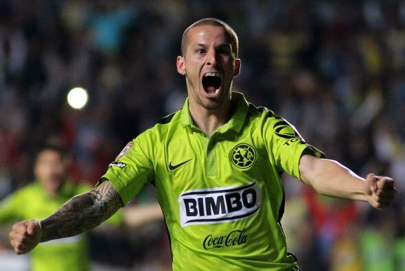 Darío Benedetto tuvo una noche soñada y fantástica...