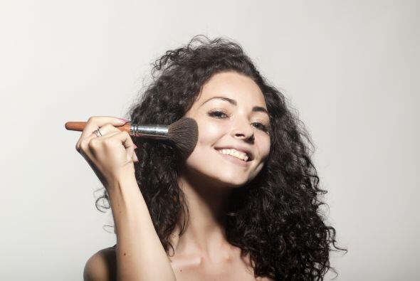 Además de eliminar las bacterias, lograrás que tus pinceles duren más, p...