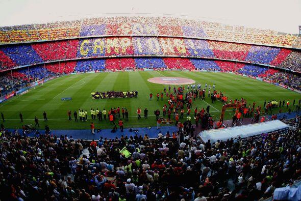 El Barcelona, acérrimo rival del Real Madrid se mantiene cerca de los bl...