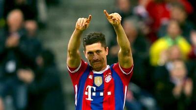 El ariete polaco le anotó a su ex equipo en la victoria del Munich.