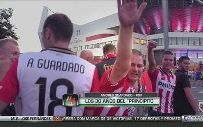 """Andrés Guardado no es el 'Principito' del PSV, sino que es """"Mi amigo"""""""