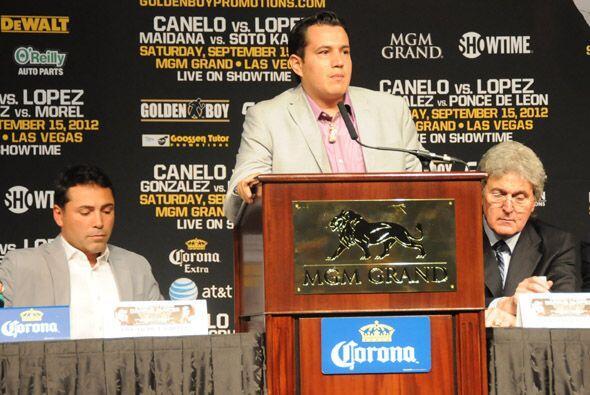 José Reynoso, su entrenador, reforzó las palabras del Canelo y dijo que...