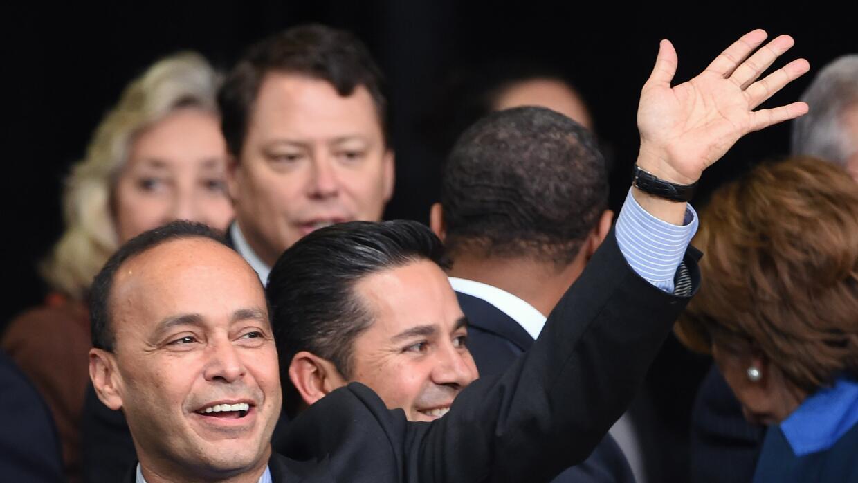 Luis Gutiérrez: Hillary está con la comunidad latina y yo estoy con ella...