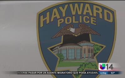 Policías bajo investigación por disparar a sospechoso