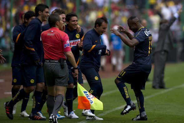 El talento del ecuatoriano del América, Christian Benítez,...