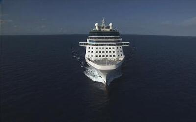 Una vuelta a bordo del Celebrity Reflection