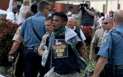 ¿Cuándo es legal que la policía use la fuerza?