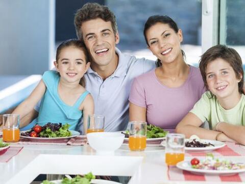 """Es probable que en la semana logres tener a tu familia """"bajo control"""", &..."""