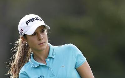 Con apenas 22 años de edad, la linda española Azahara Muñoz es una de la...