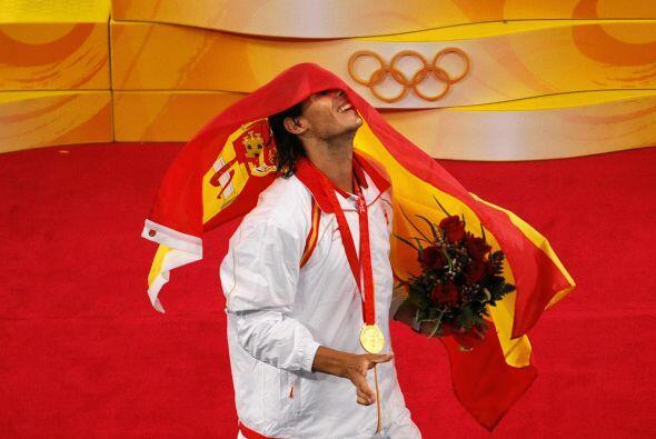 15.- Los Juegos Olímpicos de Beijing 2008: Nadal consiguió el oro en la...