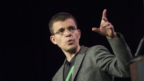 Max Levchin, cofundador de PayPal, respaldó la visa para startups...