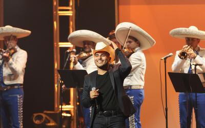 """Antes de subir al escenario, Espinoza Paz estaba """"muy nervioso&quot..."""
