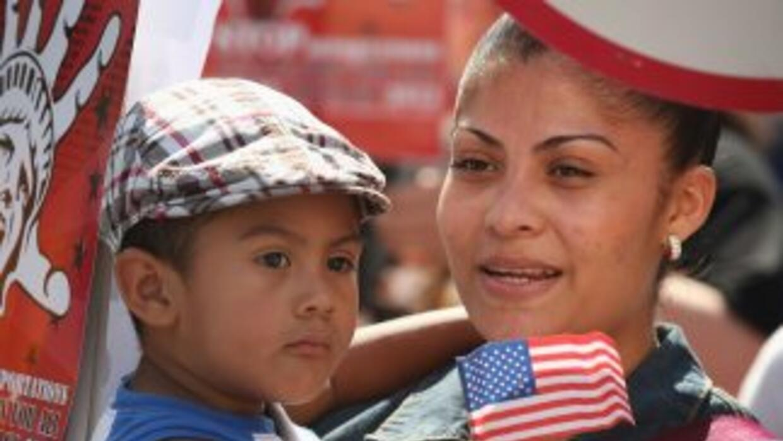 Las deportaciones siguen diezmando a la población indocumentada de EEUU....