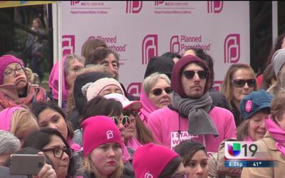 Se manifiestan a favor de Planned Parenthood