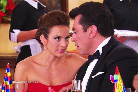 Seguramente estás furiosa de ver a Ana tan cerquita de Fernando.