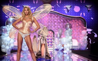 Los 14 looks más memorables de Victoria's Secret