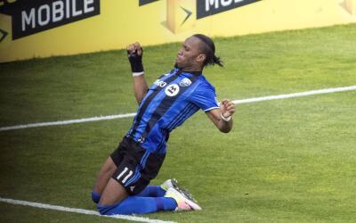 Didier Drogba celebra un gol con Montréal Impact