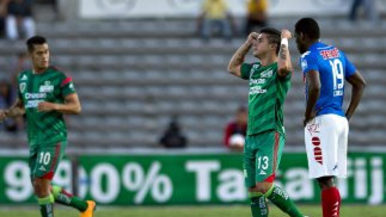 Adrián Marín festeja el gol de la victoria de Chiapas ante Veracruz.