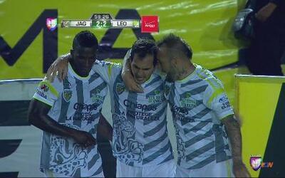 Jaguares vs León: Armenteros con gran remate anota el empate para jaguares