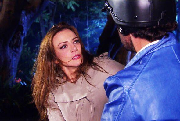Pero no te espantes Ana, no es un ladrón. Te vas a quedar helada...