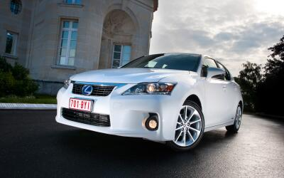 El Lexus CT 200h 2012, es uno de los modelos involucrados en este llamad...