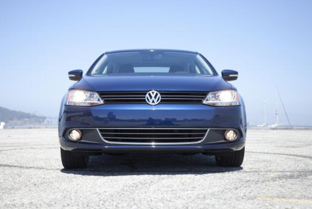 10.- Volkswagen Jetta 2012: El modelo más vendido de Volkswagen ofrece u...
