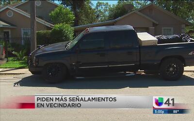 Vecinos piden más señalamientos en calle que es utilizada como vía rápida