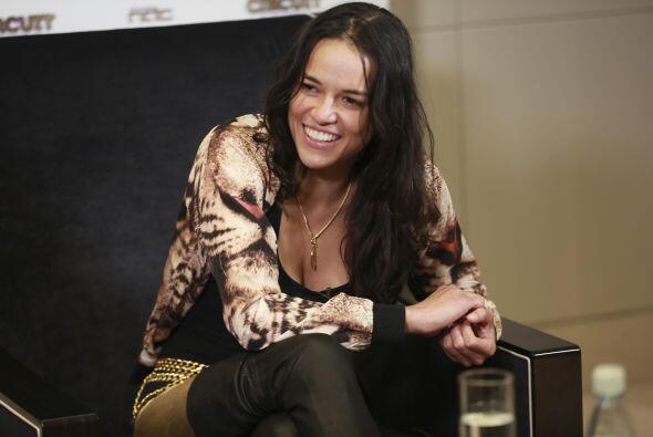 La actriz se dejó ver en el Club 23 en el evento Circuit After Party con...