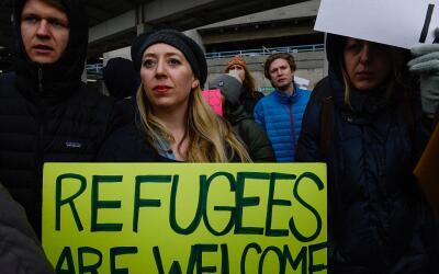 Atentados en París desatan nuevo debate sobre refugiados sirios refugiad...