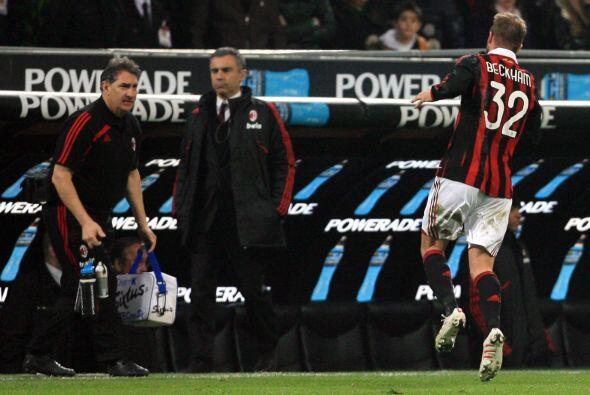 En el 2010 Beckham Beckham regresó a préstamo con el Milan...