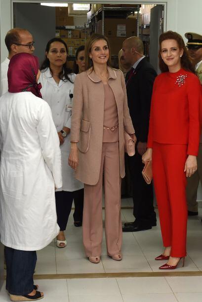 Y la esposa del rey Mohamend VI de Marruecos optó por un llamativo atuen...